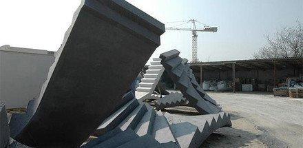 Fabrication de balcons, piliers, escaliers, encadrements, décors, mobilier urbain en béton architectonique.