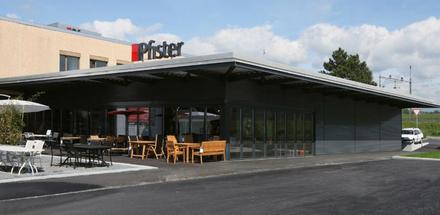 Halle Pfister