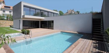 Deux villas mitoyennes avec piscines