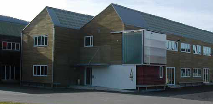 Fiche 2TA-236 /Village industriel - bâtiment 4